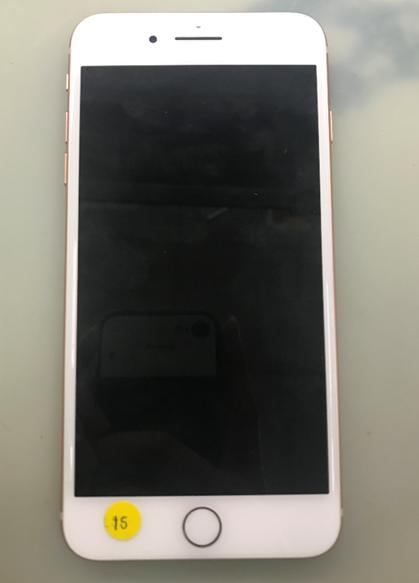 iPhone 8 Plus PP_VDD_BOOST电容坏导致耗电快维修