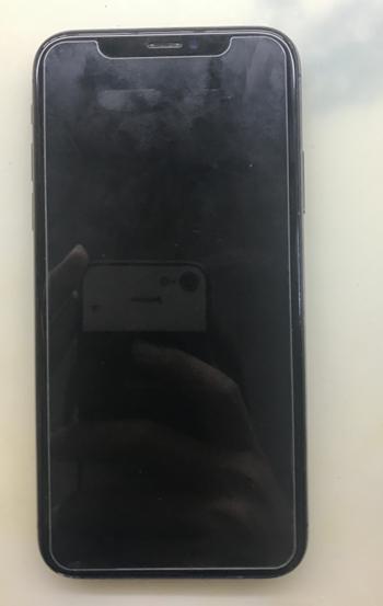 iPhone X睡一觉醒来开不了机维修